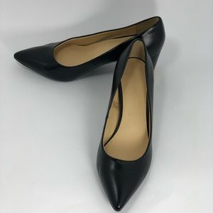 Liz Claiborne Women Size 8.5M Black Pumps, (#B13)